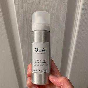 OUAI texturizing hair spary